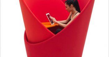 4 mẫu bàn giúp dân văn phòng có không gian riêng tư hoàn hảo