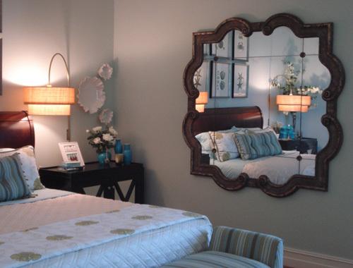 Cách bài trí gương hợp phong thủy trong phòng ngủ