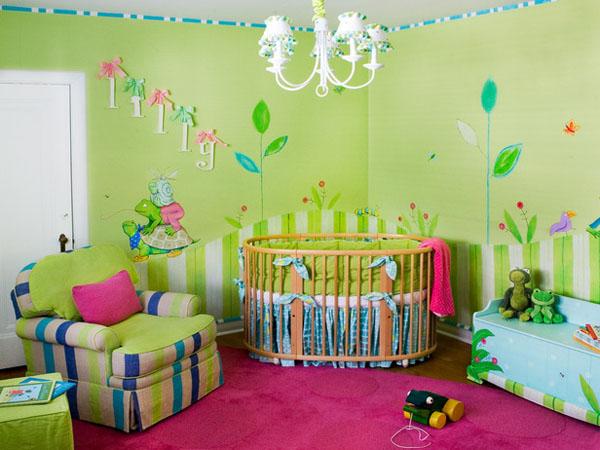Ánh sáng nhẹ, nhạc cổ điển và những món đồ yêu thích giúp não bộ trẻ sơ sinh phát triển