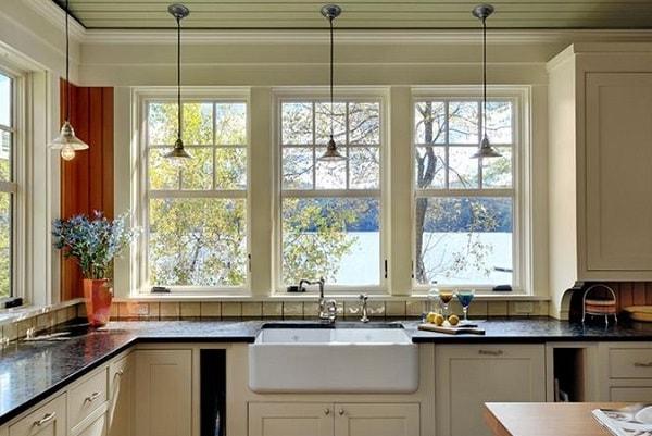 Bếp đặt ở vị trí trước cửa sổ: dễ rước vận xui