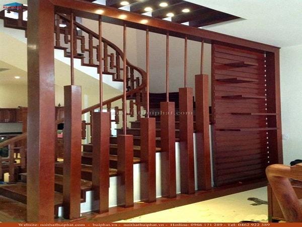 Vách ngăn gỗ ngày càng được sử dụng phổ biến trong trang trí phòng khách